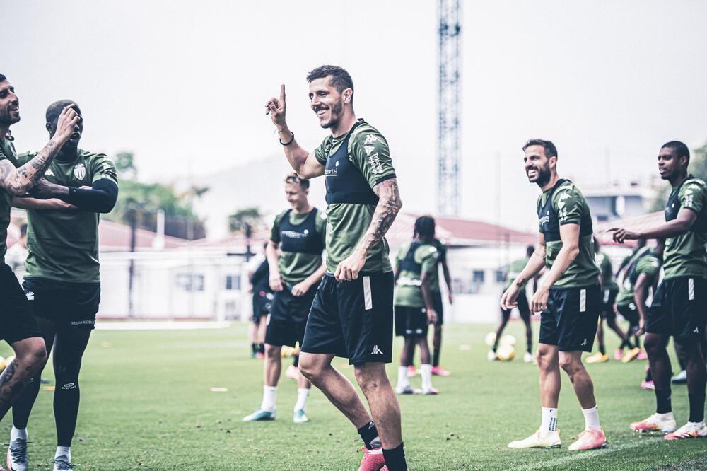 Još ništa od fudbala: Stevan Jovetić propušta meč protiv Standarda iz Liježa