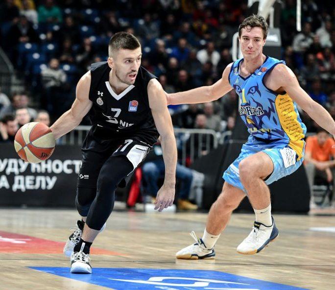 Nemanja Gordić još godinu u Partizanu